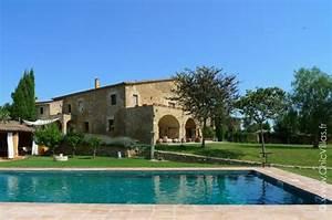 maison basque moderne populaire une maison basque ralise With attractive villa a louer en provence avec piscine 1 location prestige drame