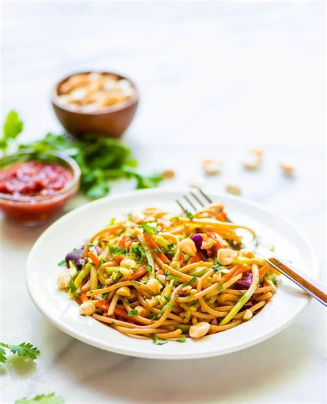 easy noodle salad asian noodle salad with creamy peanut dressing
