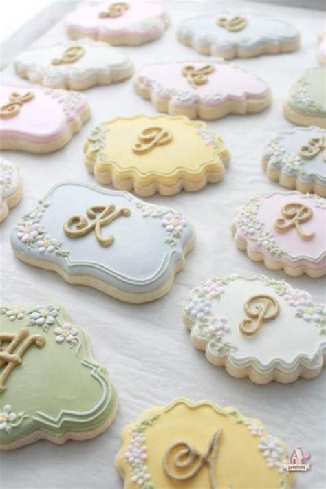 amazing cookie favors design ideas weddingelation
