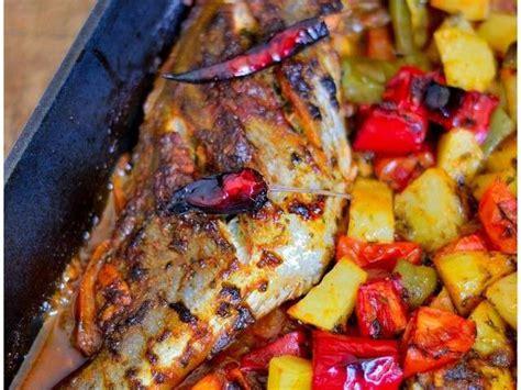 cuisiner du poisson au four les meilleures recettes de maroc et poisson