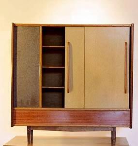Petite Armoire De Rangement : chicbaazar objets vintage 50 60 70 superbe petite armoire de rangement 1950 60 vintage ~ Teatrodelosmanantiales.com Idées de Décoration
