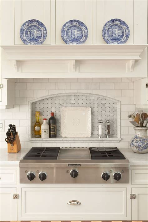 Marble Cooktop Niche   Traditional   kitchen   Hendel Homes