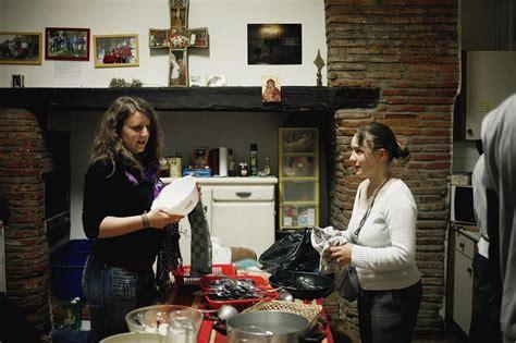 la cuisine de jean toulouse des colocations spirituelles pour partager plus que le