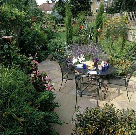 Design Your Own Outdoor Dining Area  Garden Design For Living