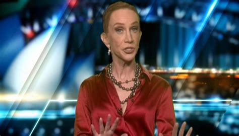 comedian kathy griffin   hot    zealand