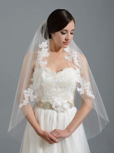 Ivory Elbow Alencon Lace Wedding Veil V037