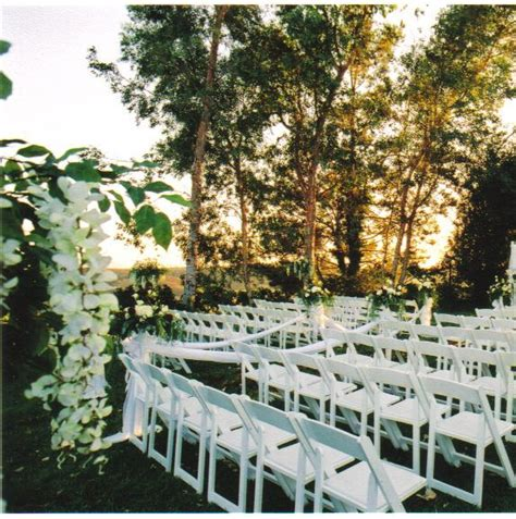 white silk wisteria trees separate your ceremony from your
