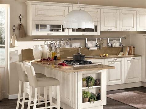 cuisine rustique blanche cuisine en bois classique cucinelube avec une touche luxe