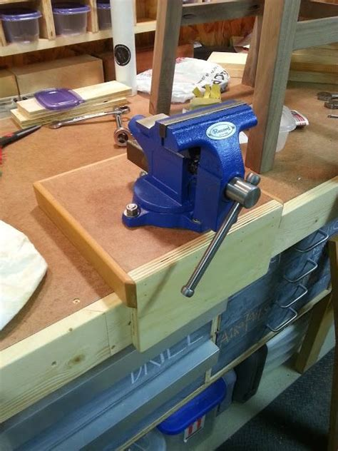 workbench vise  mount bushwoodworkingcom garage