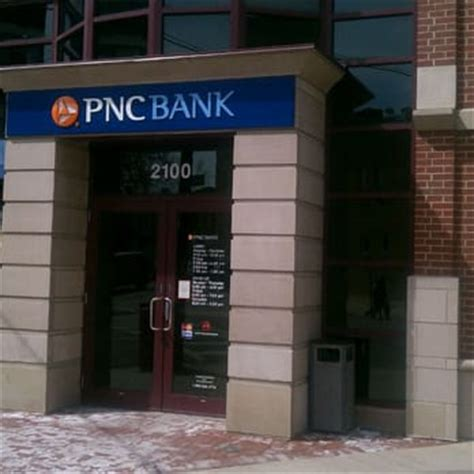 pnc customer service phone number pnc bank banks credit unions 2100 w chicago ave