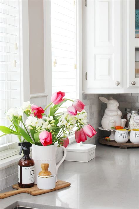 Flower Decoration Ideas For Kitchen simple decorations for the kitchen clean and