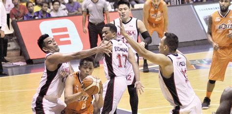 Rampaging Bolts   Inquirer Sports