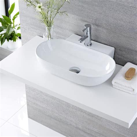 Lavabi D Appoggio In Ceramica Per Il Bagno Lavabo Bagno Da Appoggio In Ceramica Ovale 555x395mm