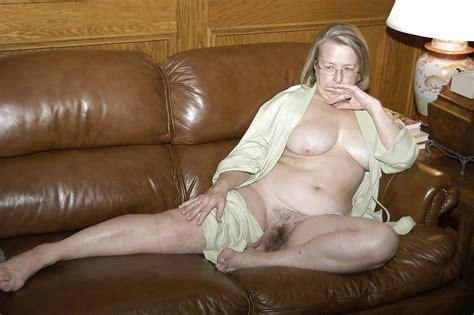 Nude Mature Couples And Individuals Beelden Van