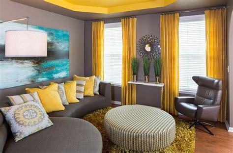 decoration interieur la combinaison gris  jaune
