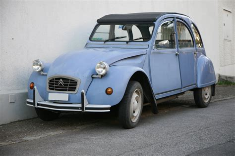 File:Deux chevaux mg 1745.jpg - Wikimedia Commons