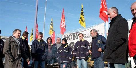 bureaux de poste bordeaux lormont 33 philippe poutou au soutien des grévistes de la poste sud ouest fr