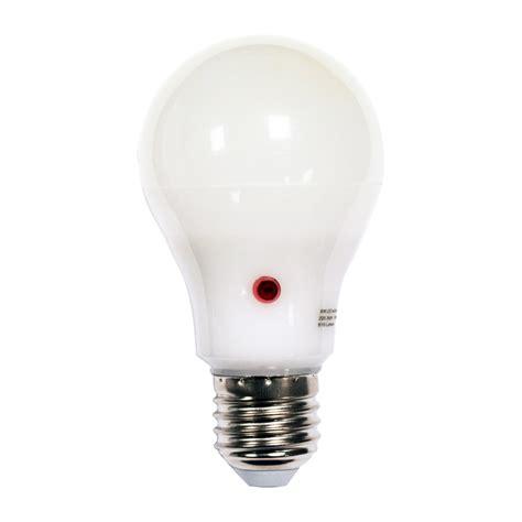 led dusk to dawn sensor light bulbs 9w led gls night sensor dusk to dawn light bulb warm or
