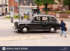 Taxi Fahrt Berechnen : london taxi cab stockfotos london taxi cab bilder alamy ~ Themetempest.com Abrechnung