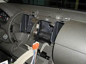 Stereo Nissan Navara D40
