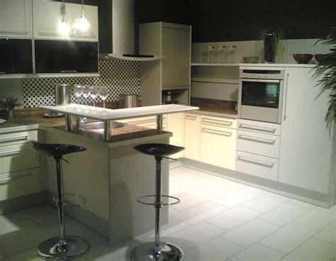 Küchenzeile Mit Bar by Prositex Kueche Bar
