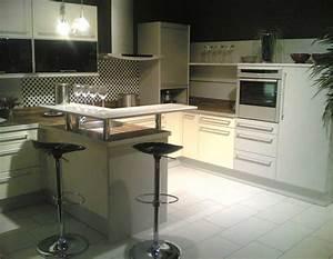 Küche Mit Bar : prositex kueche bar ~ Frokenaadalensverden.com Haus und Dekorationen