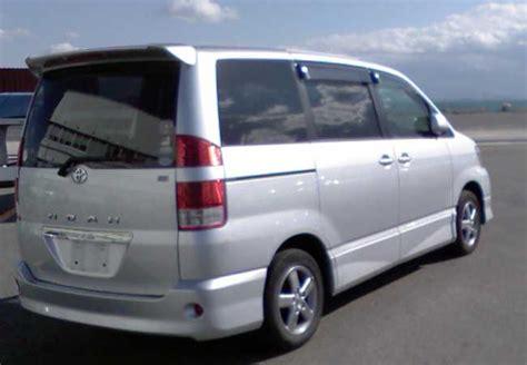 used toyota noah vans 2004 in silver used cars stock 53887 cso japan