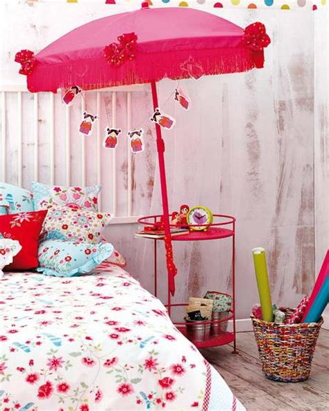 craft ideas for room decorating with fabrics and bright handmade accents