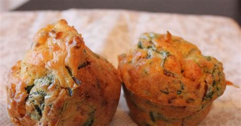 the cooking muffins fanes de radis tomates