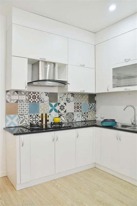 cuisine cagnarde 36 idées déco avec des motifs carreaux de ciment