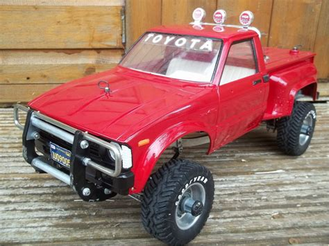 58028 toyota 4x4 up from vintage hilux fan showroom finally done 2 outa 2 tamiya rc