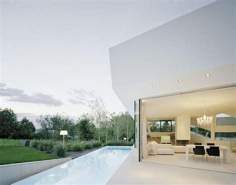 Futuristic Villa In Vienna by Futuristic Villa In Vienna