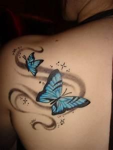 Tattoos Frauen Schulter : 60 schulterblatt tattoo ideen ~ Frokenaadalensverden.com Haus und Dekorationen