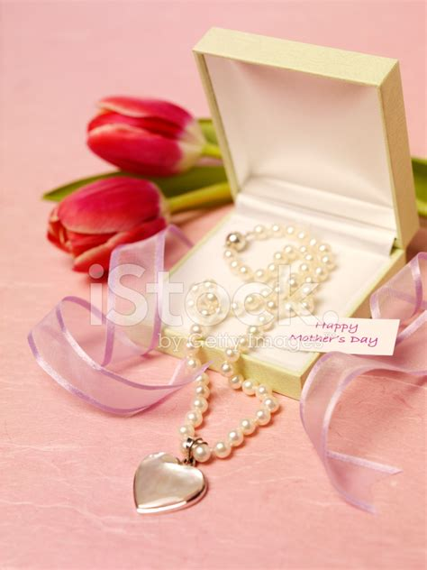 beautiful gift for mother s day stock photos freeimages com