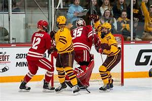 Gophers vs Badgers in the NCAA Women's Hockey Championship ...