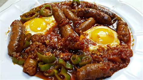 cuisine tunisienne recette ojja aux merguez et aux œufs cuisine tunisienne