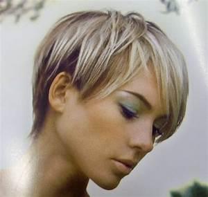 Comment Se Couper Les Cheveux Court Toute Seule : comment coiffer cheveux courts femme ~ Melissatoandfro.com Idées de Décoration