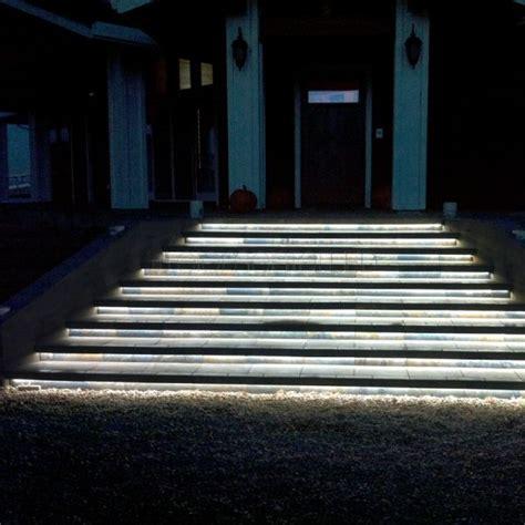 Treppenbeleuchtung Led Außen by Led Streifen Wasserdicht Treppenbeleuchtung Aussen Licht