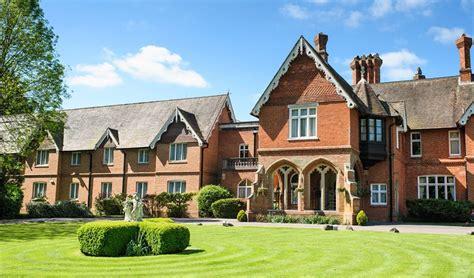 Audleys Wood Hotel Wedding Venue Basingstoke, Hampshire