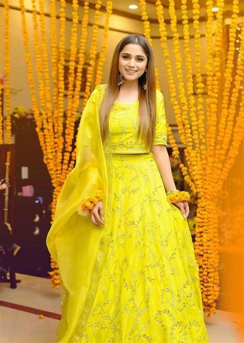 pin  poonam  yellow   bridal mehndi dresses