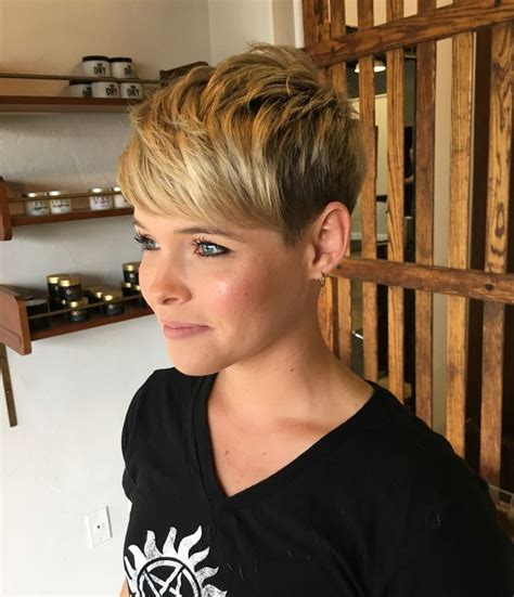 razored bob haircuts 482 best pixie cut images on pixie cuts 2616