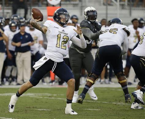 seahawks   quarterback   seventh  alex
