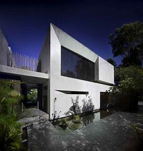 Two Modern House that Has Same L Shape – Twin House