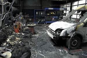 Garage Christophe : orange le garage point s d truit par un incendie ~ Gottalentnigeria.com Avis de Voitures