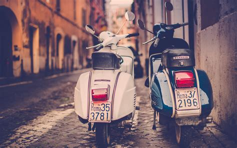 Vespa Backgrounds by Hd Background Piaggio Vespa Scooter Road Italy Rome Rear