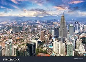Kuala Lumpur Malaysia Skyline Stock Photo 394392382 ...