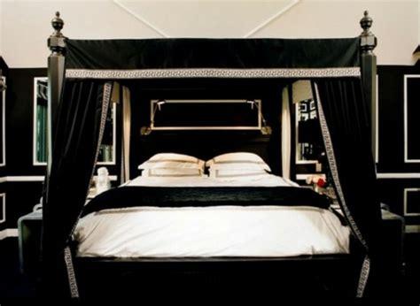 Gothic Bett  Die Neuesten Innenarchitekturideen