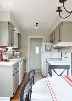 131 best sloan chalk painted kitchens images on 583 449a789a18e06f8d2d968271f583e51b cabinet paint colors kitchen cabinet colors