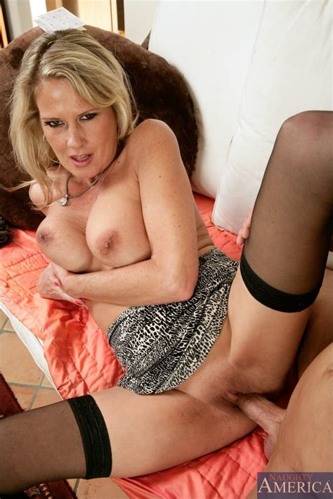 Classy Blonde Milf Takes Her Dress Off And Fucks In Black
