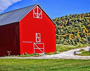 The Red Barn Free Stock Photo